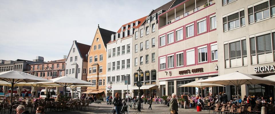 Außenansicht der Praxis in der augsburger Innenstadt